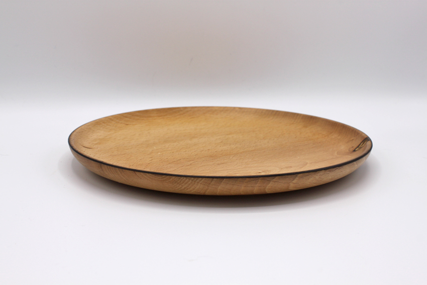 Tournage d'une assiette en bois