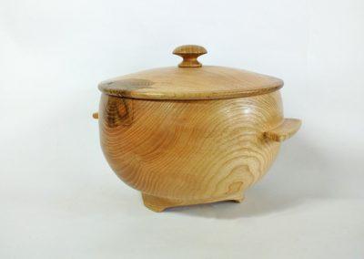 """La marmite en bois . Stage """" les bases du métier de tourneur sur bois """""""